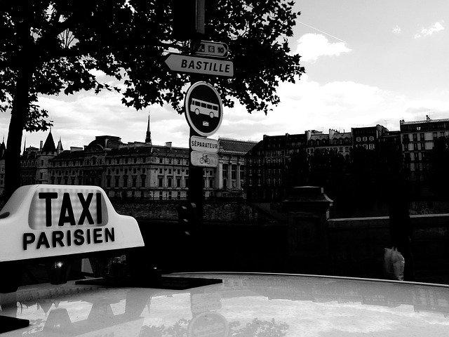 Taxi a Parigi